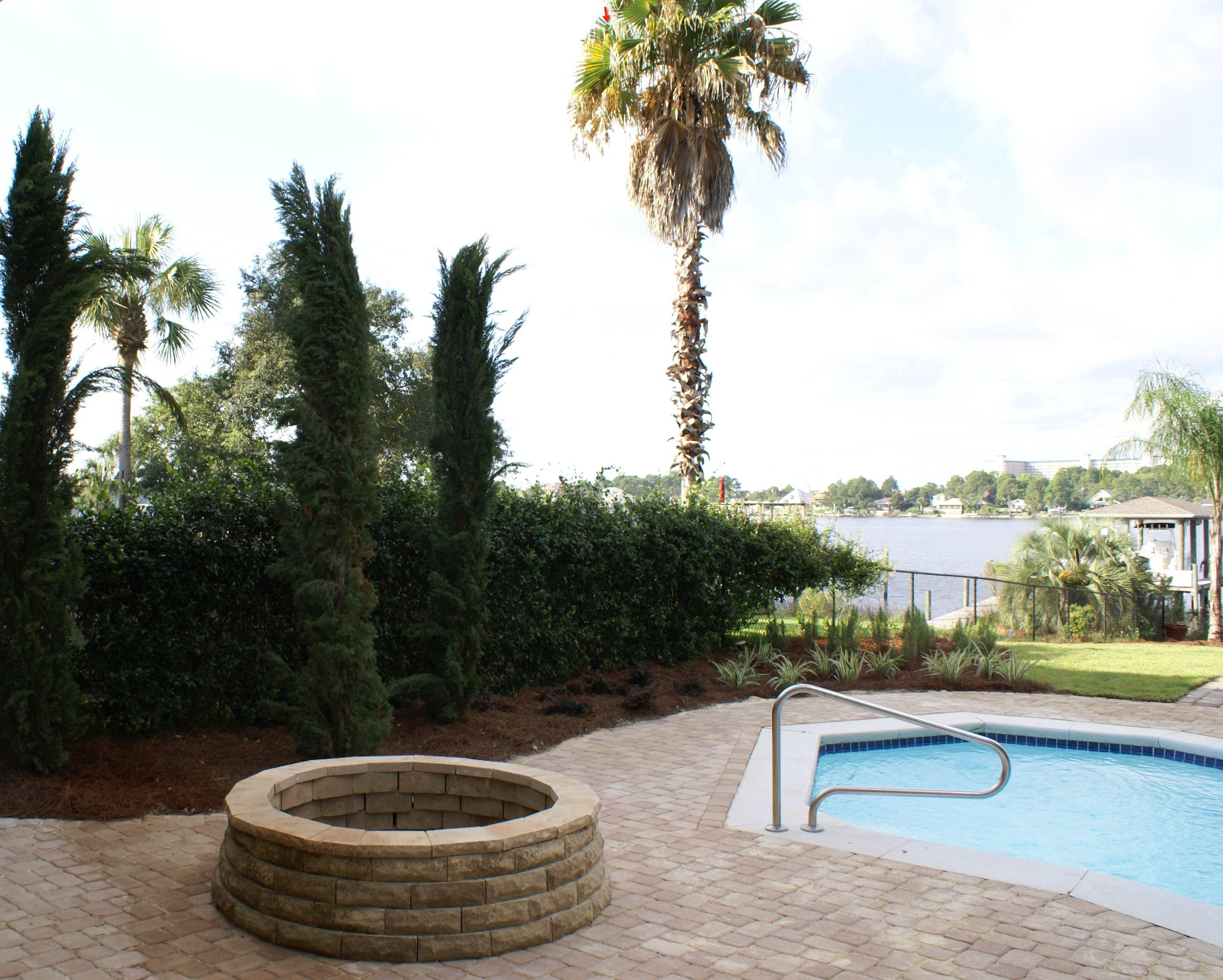 We help design residential hardscape plans in Florida for stunning estates
