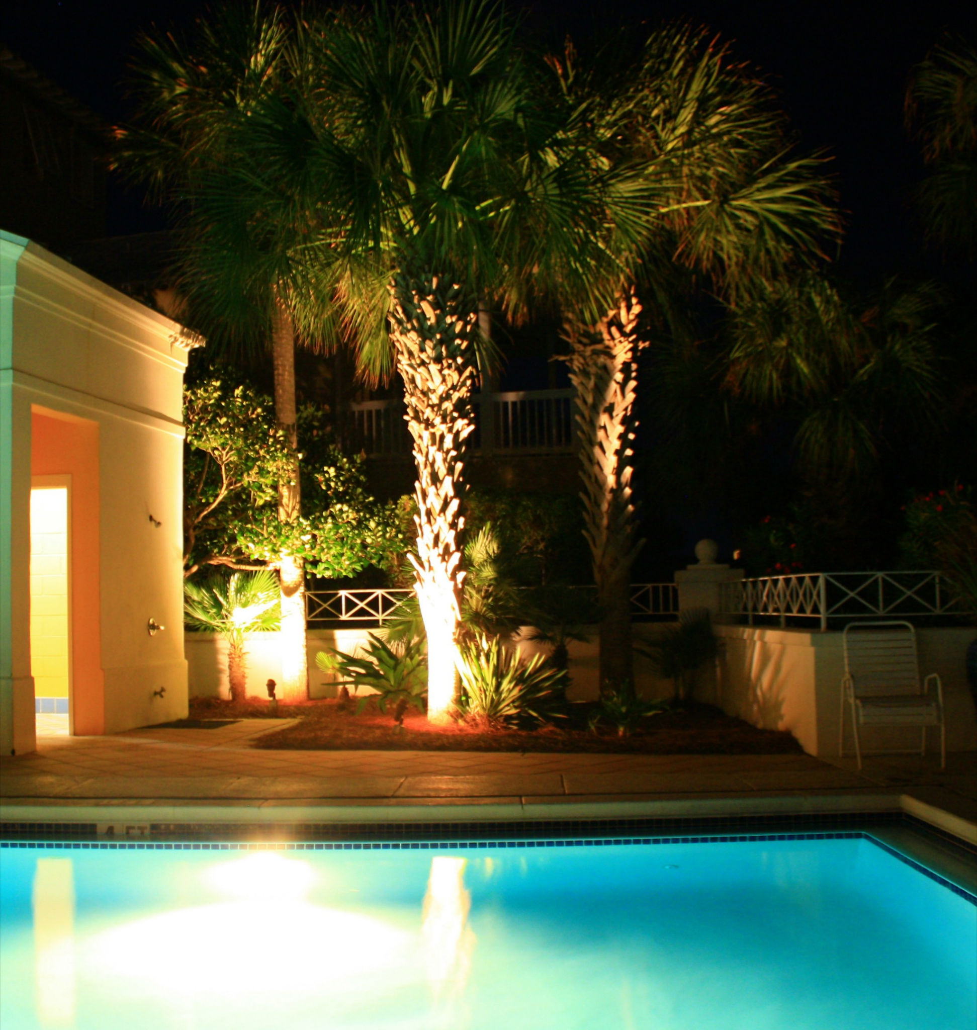 Brighten your public pool space and spotlight your palm trees with our commercial lighting services