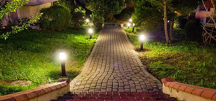 7 Reliable Sources To Learn About Maintain Outdoor Lights
